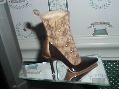 2002 Just The Right Shoe Step Into Your Fantasies-Figurine-Argyle Attitude -Box