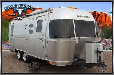2016 Airstream 23D Flying Cloud Travel Trailer Pre-Owned