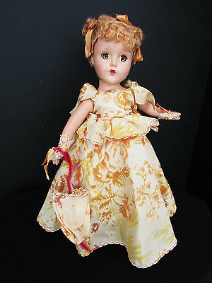 """Lovely Hp Nannette 14"""" In Rare Yellow Flowered Gown With Parasol"""