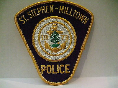 police patch  ST STEPHEN MILLTOWN POLICE NEW BRUNSWICK CANADA  1973