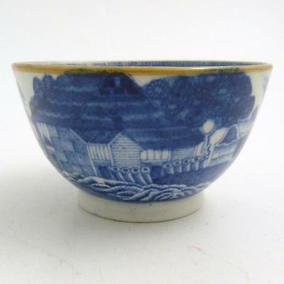 Chinese Blue And White Porcelain Tea Bowl, 18Th Century