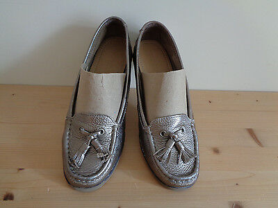 M&s. Bronze Footglove Leather Moccasin Style / Deck Shoes Size. 5/38