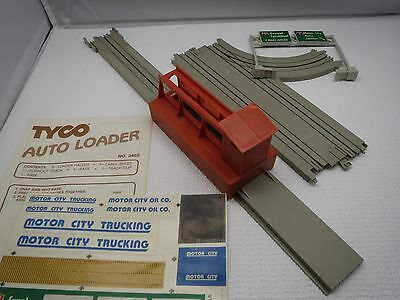 Auto Loader With Turnout Track Tyco Us-1 Electric Trucking Ho Slot Car