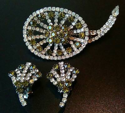 Vintage Signed Hobe Emerald & Clear Paste Brooch And Earrings Set