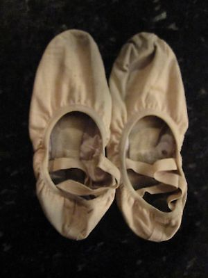 Used Very Worn Art Photo Project Ballet Slippers So Danca 16 Canvas Stretch 8.5