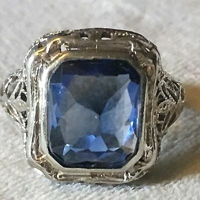 Beautiful Antique Art Deco 10K White Gold Filigree and Sapphire Ring in a Size 4