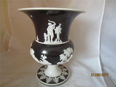 C1810 Rare English Dry Bodied Vase With Chocolate Dip