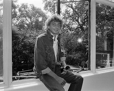 "Barry Manilow 10"" x 8"" Photograph no 84"