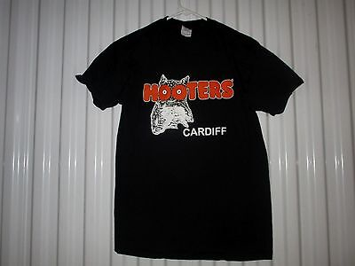 Hooters-Cardiff United Kingdom-Delightfully Tacky-Vintage T-Shirt--Medium