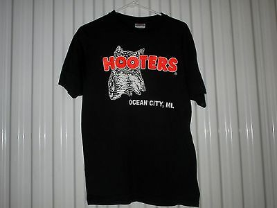 Hooters-Ocean City, Maryland-Delightfully Tacky-Vintage T-Shirt--Medium