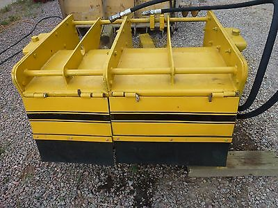 """Gomaco Commander III GT-6300 42"""" Trimmer Concrete Curb & Gutter / Paving ! ! !"""