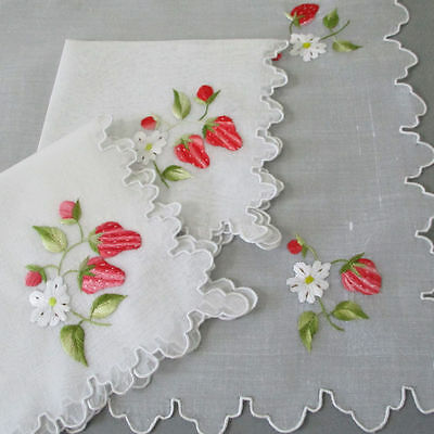 Vintage ORGANDY Hand Embroidered Breakfast Set Placemat + 2 Napkins STRAWBERRIES
