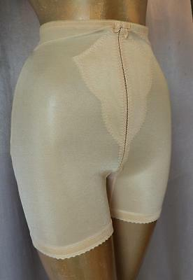 SLIMMING  NUDE / BEIGE 1960s Vintage LONG LEG GIRDLE SHAPER PANTIES - MED