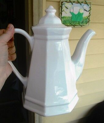 VINTAGE LARGE COLONIAL WHITE IRONSTONE COFFEE POT TEAPOT-unknown mark
