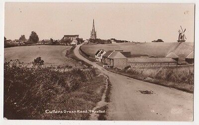 Cutlers Green Road Thaxted Essex RP Postcard, B669