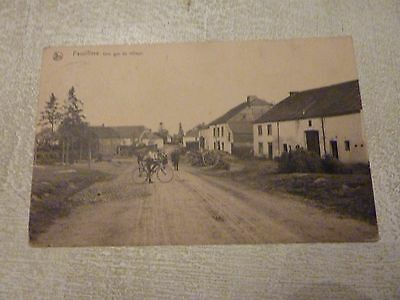 FAUVILLERS : une vue du village - belle animation - lot 10