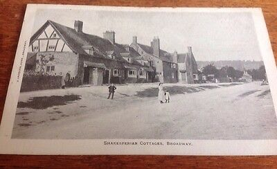 Postcards Broadway Worcs. 1908 Used, Main Street & Shakesperian Cottages.