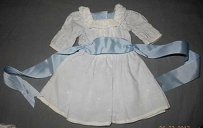 American girl Nellie MEET DRESS- RETIRED - EUC