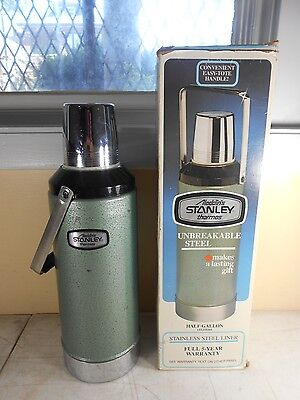 Vintage Aladdin Stanley Half Gallon Steel Thermos A-945DH with Handle & Box