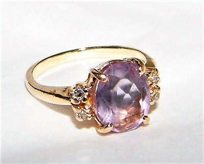 Vintage 14K Yellow Gold  Amethyst Ring With Diamond Accents Size 5