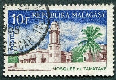MALAGASY REPUBLIC 1967 10f SG129 used NG Religious Buildings 1st series #W32