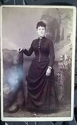 VINTAGE 1800's/1900s  PHOTO CABINET - WOMEN WITH BLACK DRESS