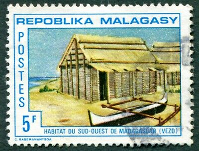 MALAGASY REPUBLIC 1971 5f SG205 used NG Traditional Dwellings 2nd series #W32