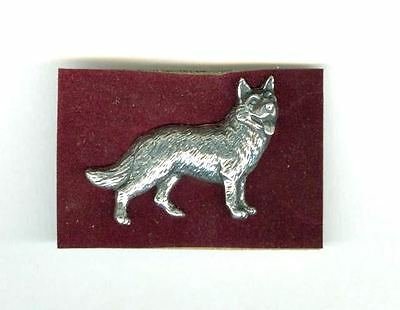 UNUSUAL Vintage Silver Tone Metal German Shepherd Dog Pin in Original Box