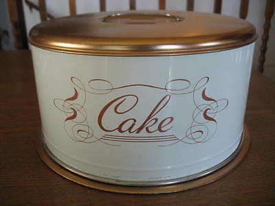 Copper & White Cake carrier keeper - lid locks on with a twist! Good Condition.