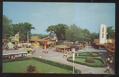 Postcard CRYSTAL BEACH Ontario/CANADA  Amusement Park Midway Aerial view 1950's