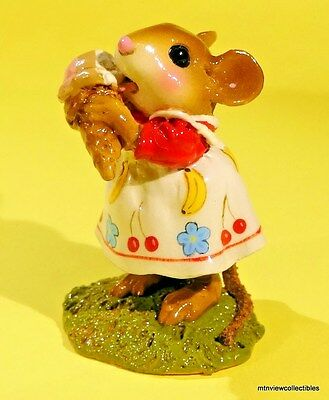 Wee Forest Folk M-277b Yummy!-Limited Edition-Retired in 2009-NEW