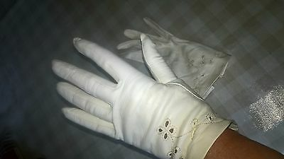 Ladies Vintage wedding cocktail1950's cream punched Kid Leather Gloves 7