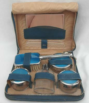 Vintage 1960s Guilloche Style TRAVELLING VANITY SET Zipped Leather Case ENGLAND