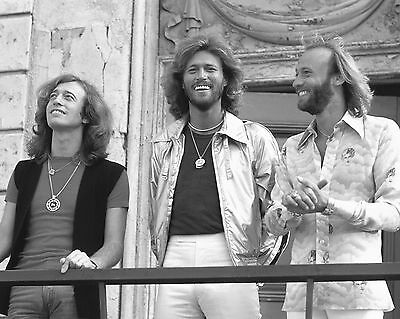 "Bee Gees 10"" x 8"" Photograph no 40"