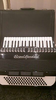 Royal Standard 80 bass accordion with case