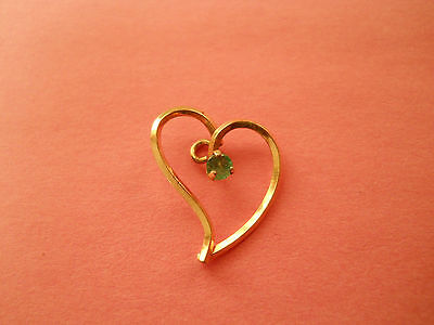 VINTAGE ESTATE COSTUME JEWELRY SMALL GOLD HEART w SYNTHETIC EMERALD LOT M2