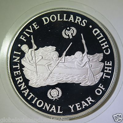 Solomon Islands : 1983  Year of the Child 5 Dollars - Silver Proof