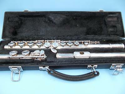 YAMAHA Silver plated FLUTE with hard Case 225S II serial #402394A cleaning rod