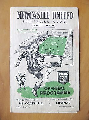 NEWCASTLE UNITED v ARSENAL 1950/1951 *Fair Condition Football Programme*