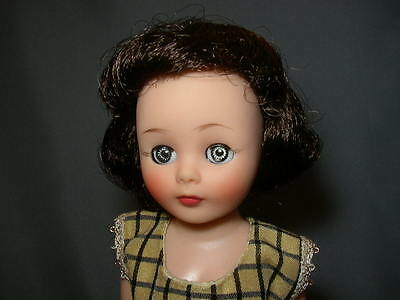 Vintage 10 in BRUNETTE AMERICAN CHARACTER TONI DOLL in CHARLESTON DRESS