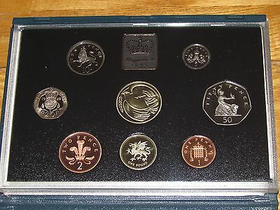 SUPERB ROYAL MINT PROOF COIN YEAR SET 1995 - Birthday or Anniversary Gift?