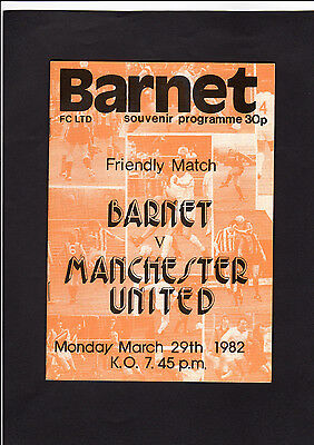 1982 BARNET  vs  MANCHESTER UNITED  -  Friendly