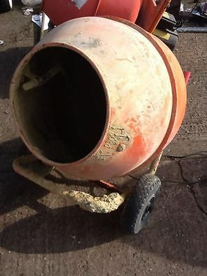 134Ltr Concrete Mixer 230V No Stand drum welded (256)