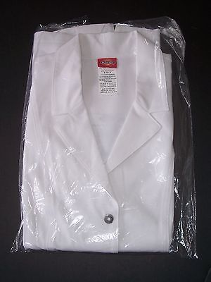 Dickies Xtreme Stretch Contemporary Fit Lab Coat Sz. Small White