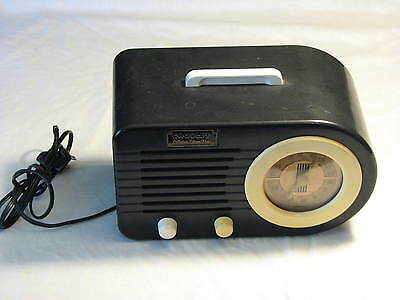 Crosley Collector's Edition Radio Model CR-2 AM FM Cassette Vintage Body Modern