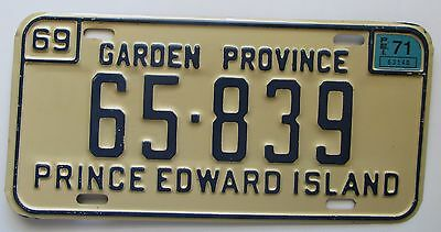 Prince Edward Island 1971 License Plate HIGH QUALITY # 65-839