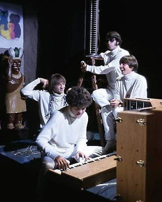 """The Monkees 10"""" x 8"""" Photograph no 9"""