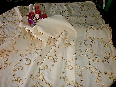 Beautiful Vintage Heavy Quality Embroidered Linen Tablecloth 119cm X 134cm