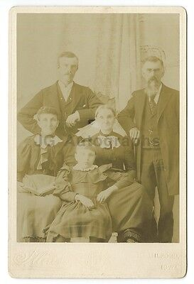 19th Century American Family - Cabinet Card Photograph - Milford, Iowa