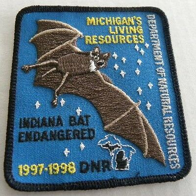 Michigan's Living Resources Patch INDIANA BAT ENDANGERED  1997 DNR